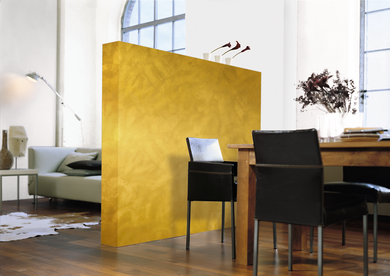 goldene wandfarbe als edler hingucker alpina einrichten farbe. Black Bedroom Furniture Sets. Home Design Ideas