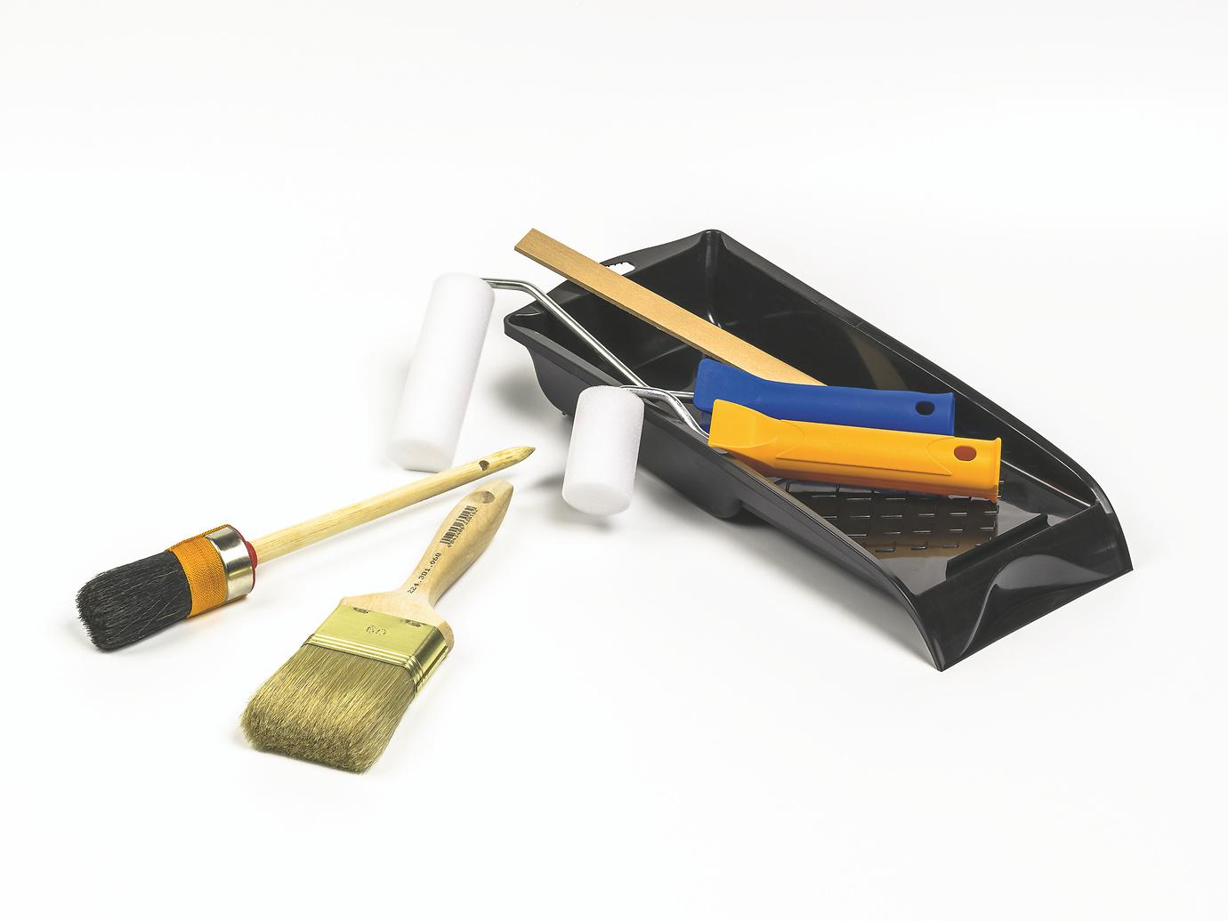 kunstharzlack und acryllack bereinander so klappt 39 s alpina lackieren. Black Bedroom Furniture Sets. Home Design Ideas