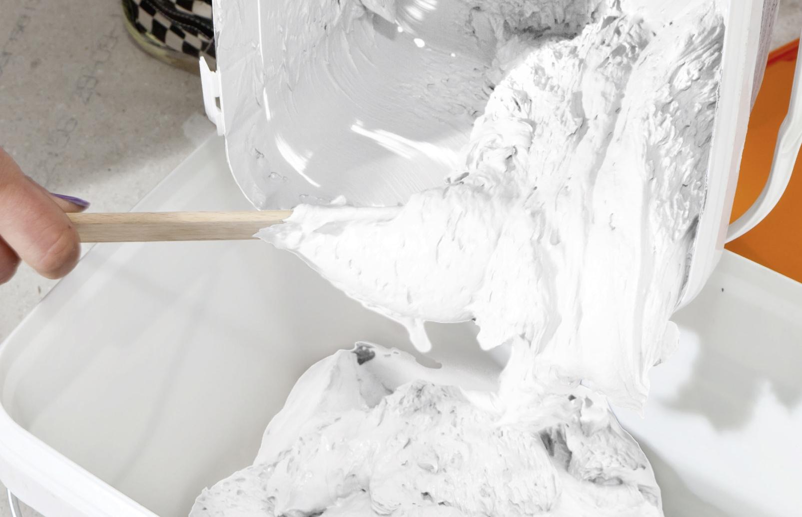 fassadenfarbe entsorgen und lagern alpina au en streichen. Black Bedroom Furniture Sets. Home Design Ideas
