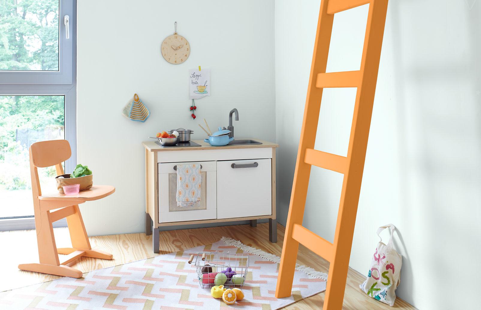 blau blaue farbe blaue wandfarbe alpina farben. Black Bedroom Furniture Sets. Home Design Ideas