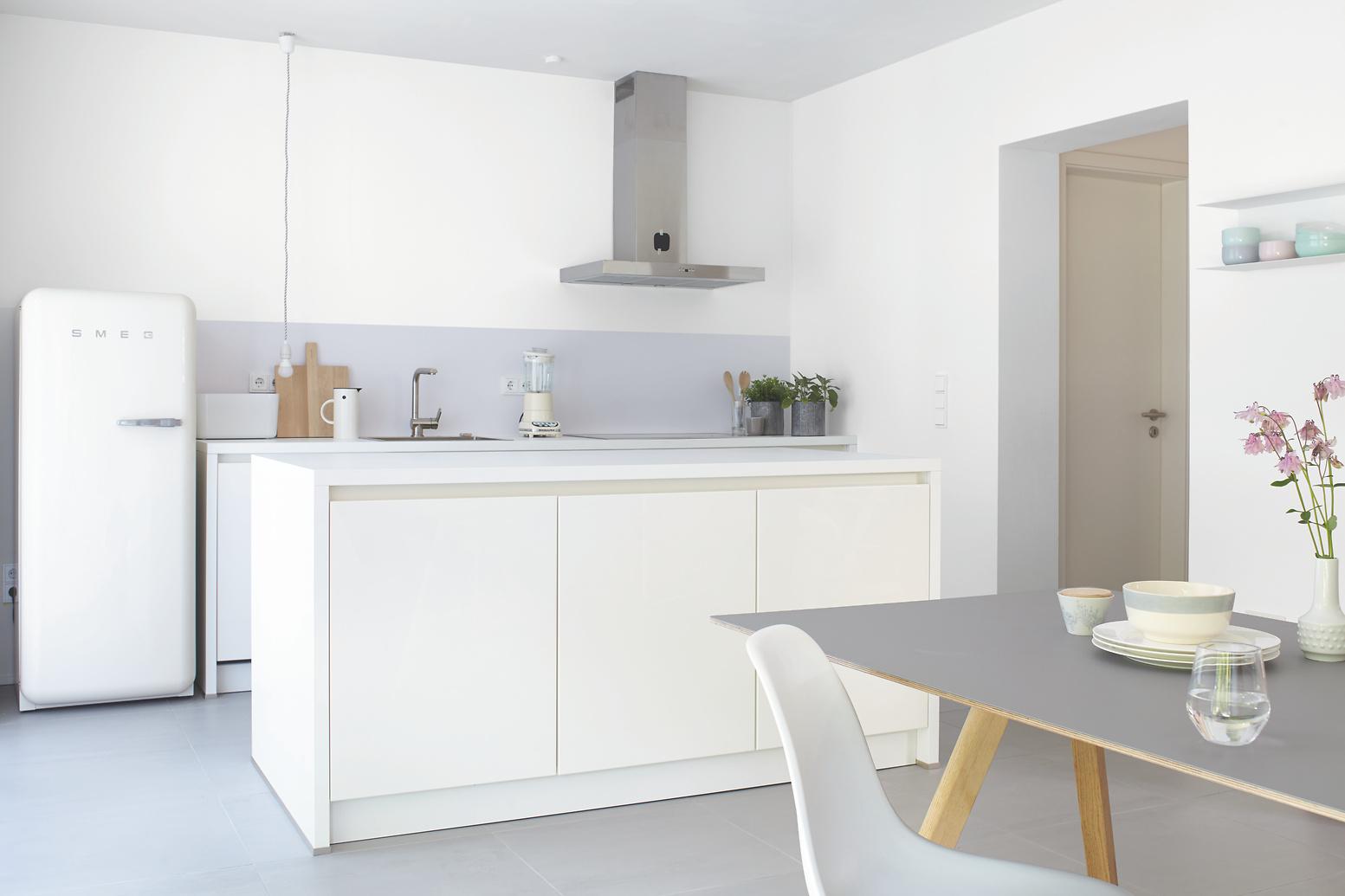 Bad- und Küchenfarbe, mit Filmschutz gegen Schimmel - Alpina ...