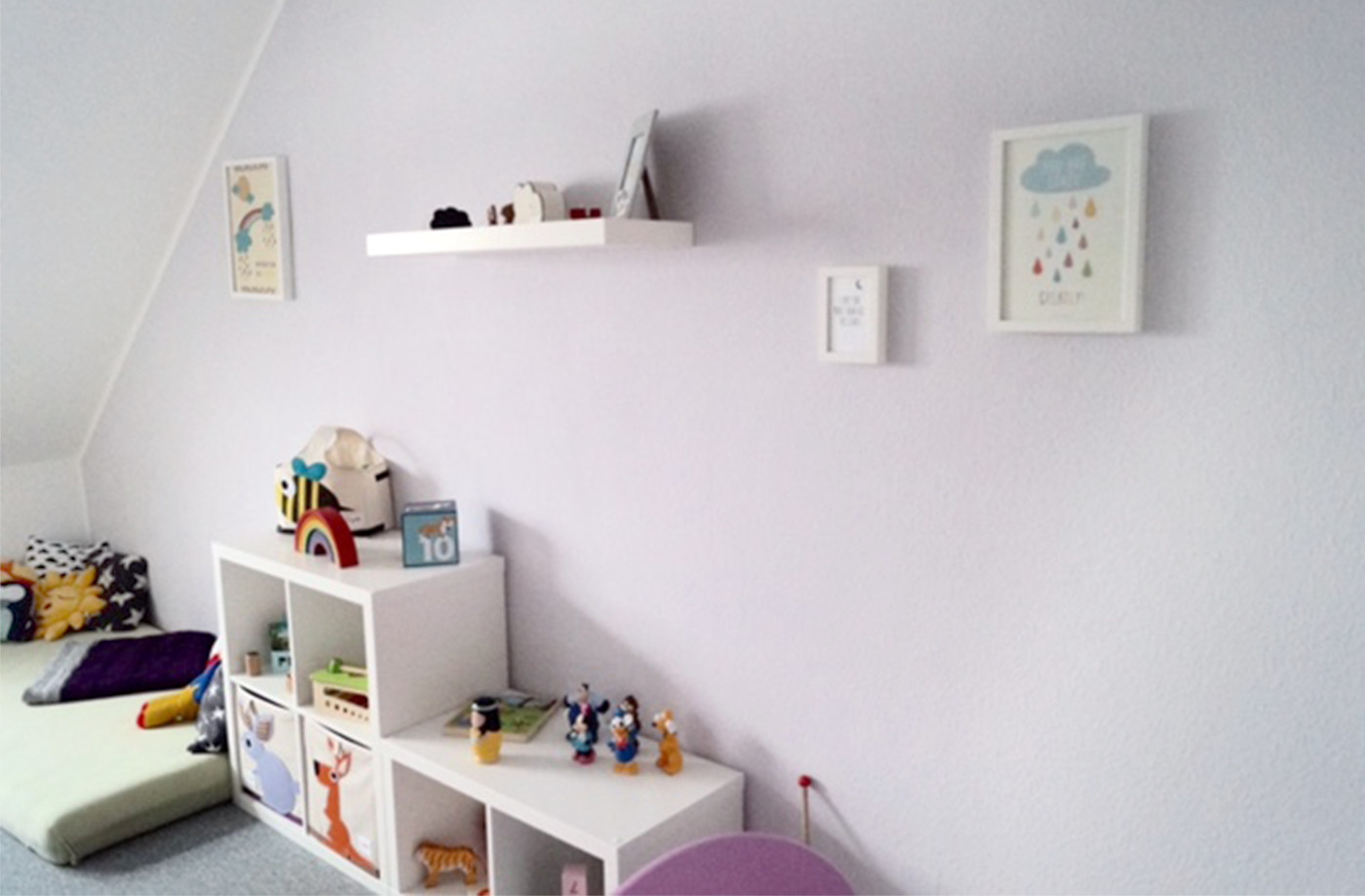 mit kinderaugen alpina farben. Black Bedroom Furniture Sets. Home Design Ideas