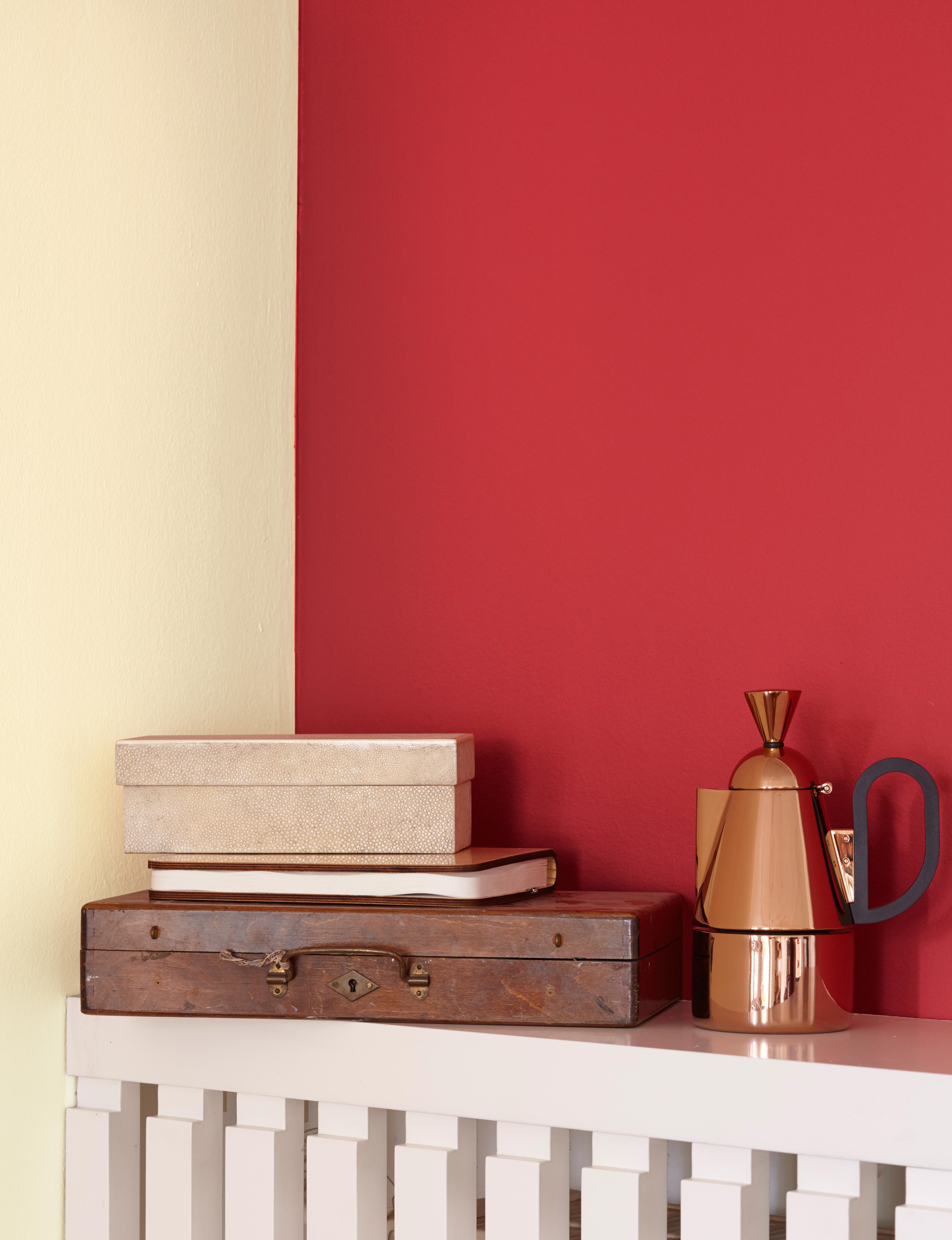 Farb wirkung von rot im raum alpina farbe wirkung for Orange wandfarbe wirkung