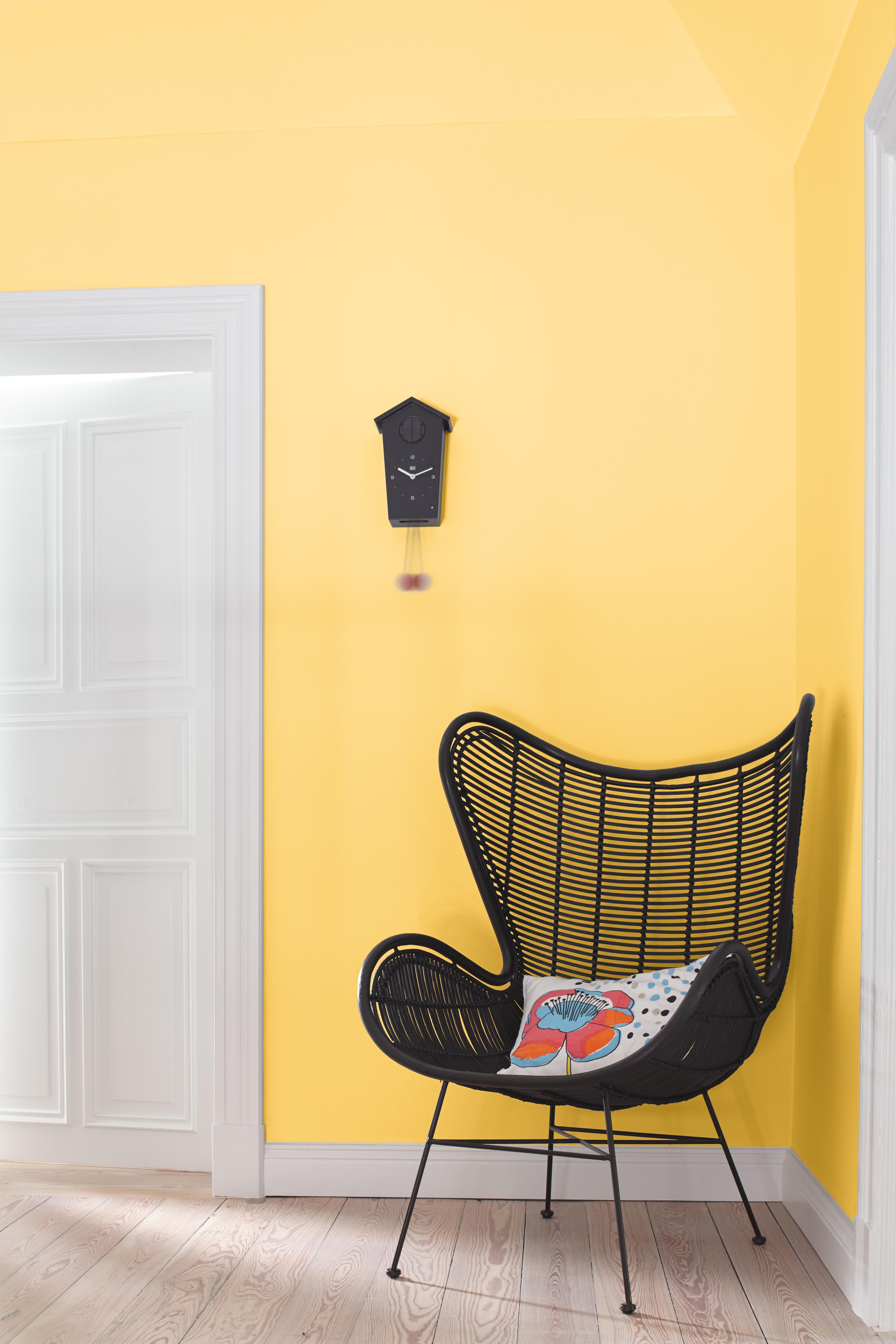 ver nderte farbwirkung in r umen durch licht alpina farbe einrichten. Black Bedroom Furniture Sets. Home Design Ideas