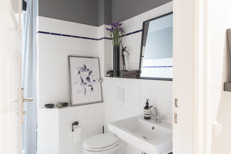 Farbgestaltung im bad dezente akzente in anthrazit