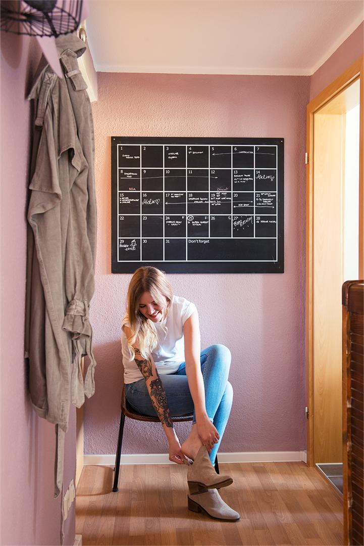 no 19 alabasterm dchen alpina farben. Black Bedroom Furniture Sets. Home Design Ideas